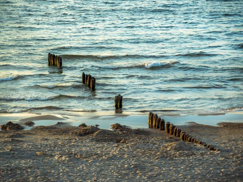 Drewniany falochron, morze bałtyckie, Polska zdjęcie stock