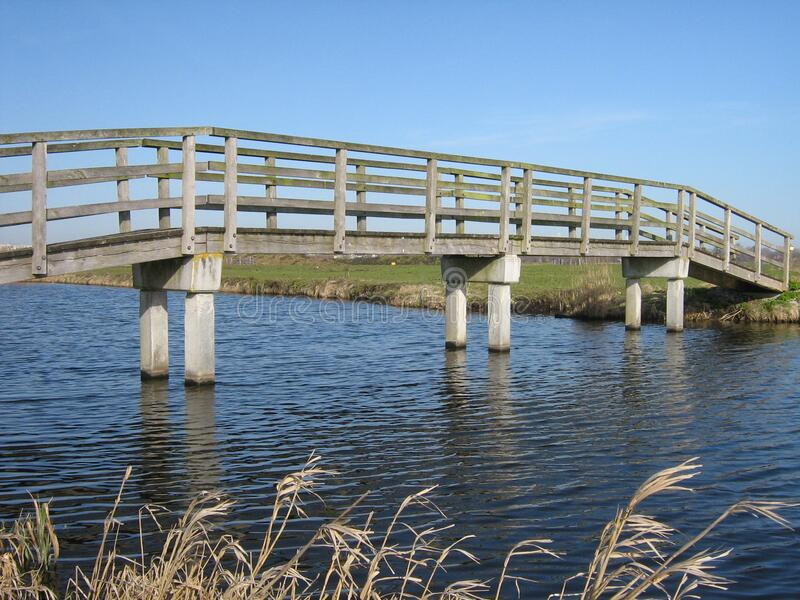 Drewniany Footbridge obrazy stock