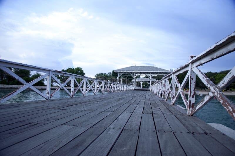 Drewniany jetty przy Srichang zdjęcia royalty free