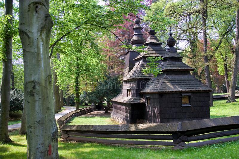 Drewniany kościół St Nicholas, dziejowy grodzki Hradec Kralove, obraz royalty free