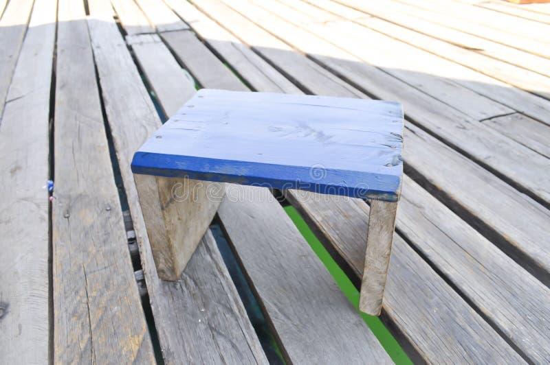 Drewniany krzesło na podłoga fotografia royalty free