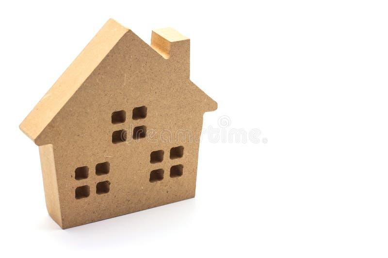 Drewniany mały dom na białym tle fotografia royalty free