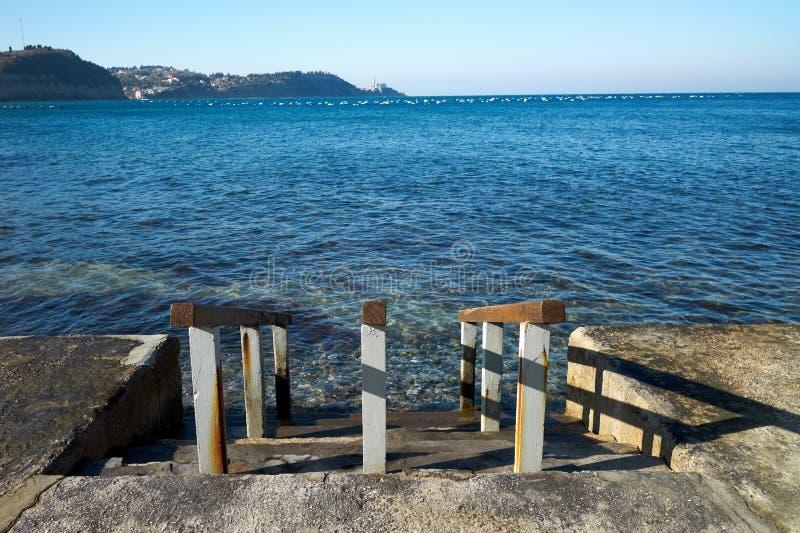 Download Drewniany mola morze zdjęcie stock. Obraz złożonej z adriatic - 13333948