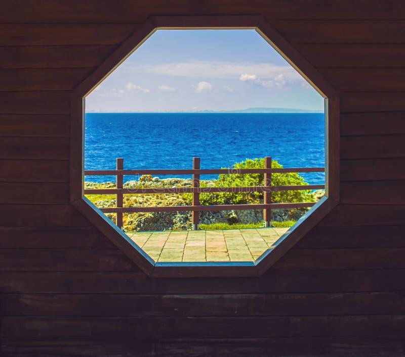 Drewniany okno zdjęcia stock