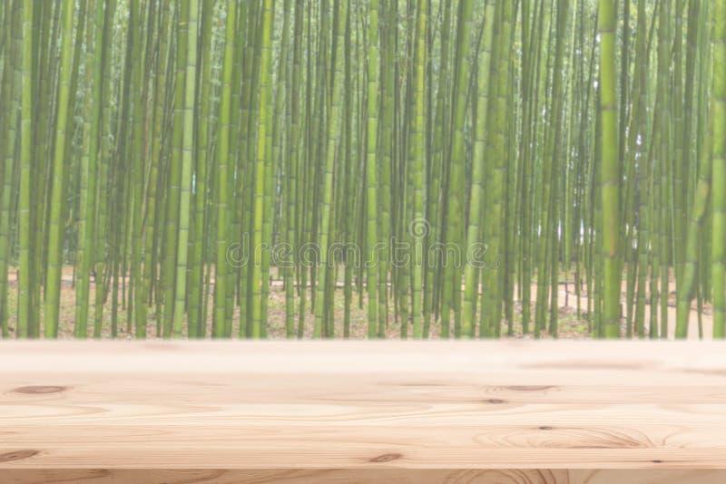Drewniany przedpole z plamy bambusowym drewnianym lasowym tłem obrazy royalty free