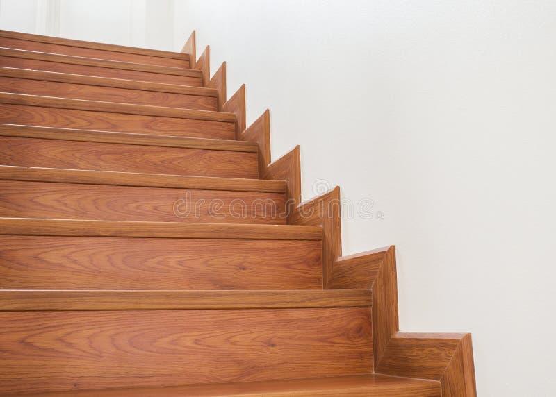 Drewniany schody wnętrze obrazy royalty free