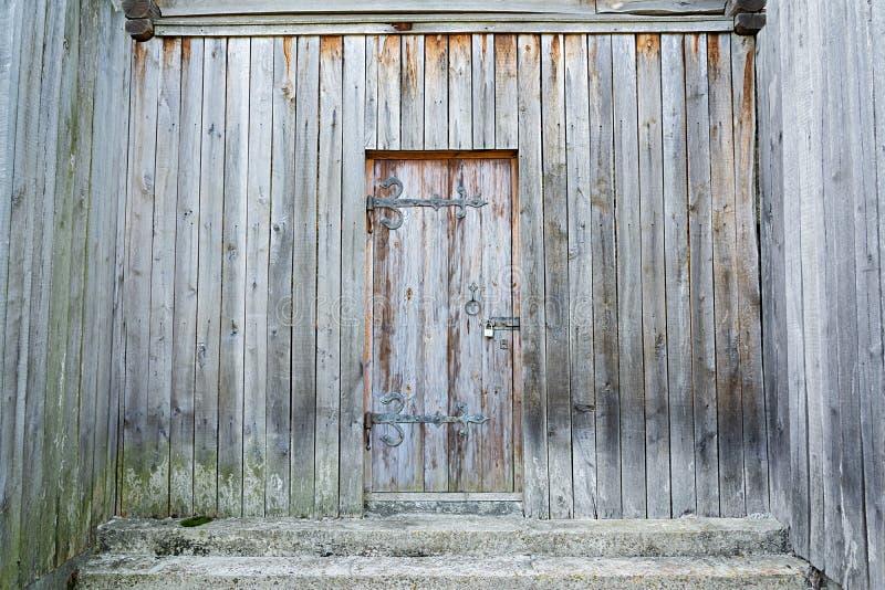 Drewniany t?o Wietrzejący, antyczny drewniany drzwi, obrazy stock