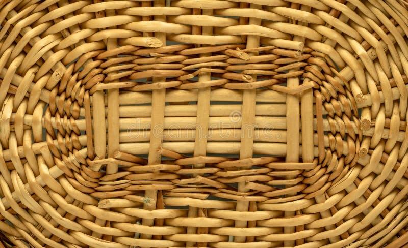 Drewniany textured lub koszykowy t?o Wyplata deseniowego robi? od drewnianego materia?u wicker obrazy stock