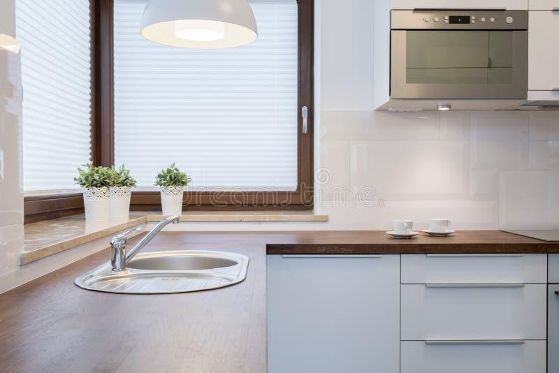 Drewniany wierzchołek w kuchni fotografia royalty free