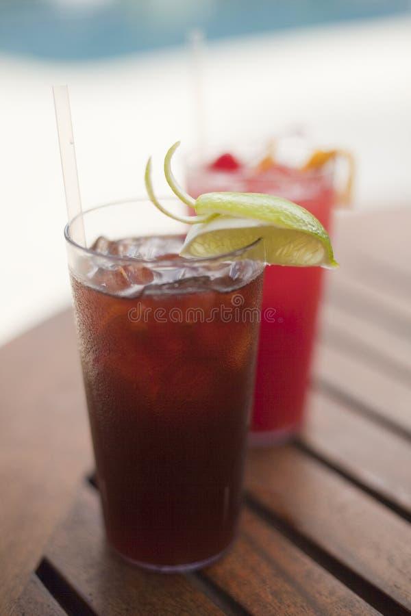 dricker tropiskt arkivbilder
