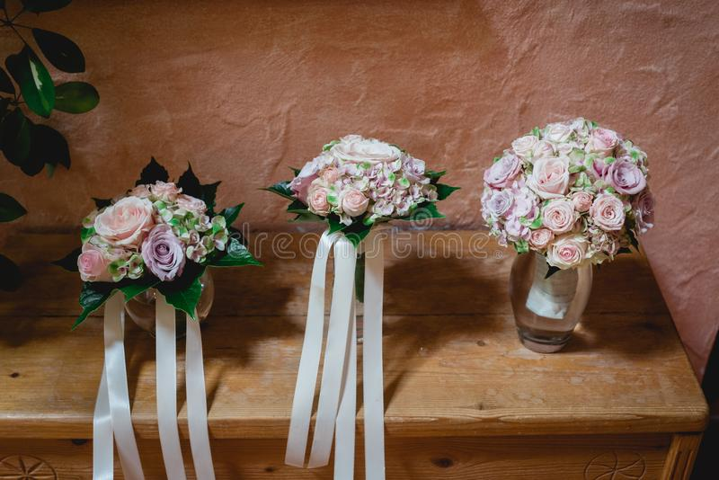 Drie bruids boeketten royalty-vrije stock afbeeldingen