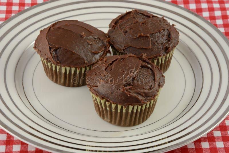 Drie Chocolade Cupcakes stock afbeelding
