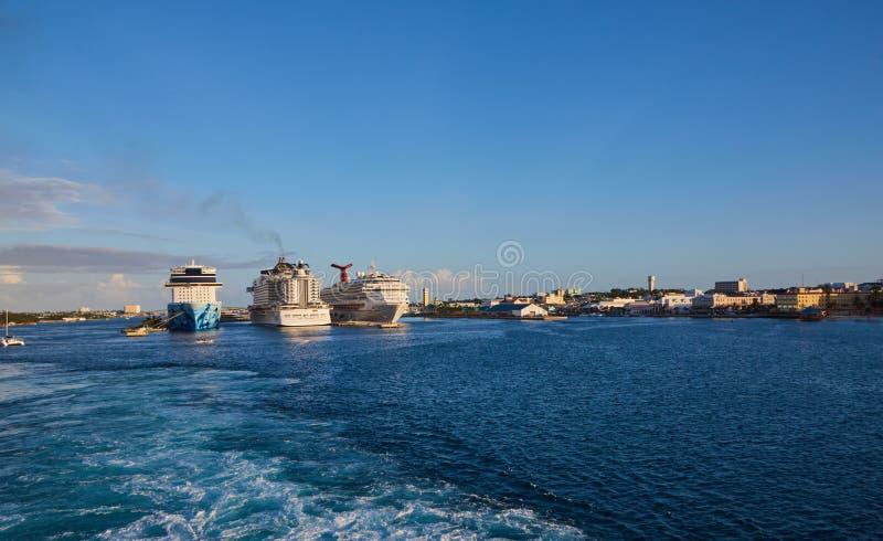 Drie cruiseschepen stock foto's