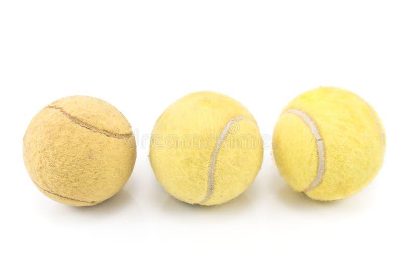 Download Drie Gebruikte Tennisballen Stock Afbeelding - Afbeelding bestaande uit cirkel, geïsoleerd: 29509203
