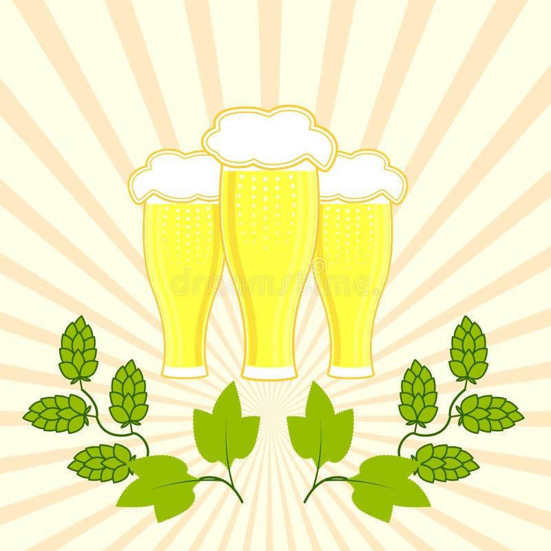 Drie glazen vers bier met schuimhoed met takken van hop royalty-vrije illustratie
