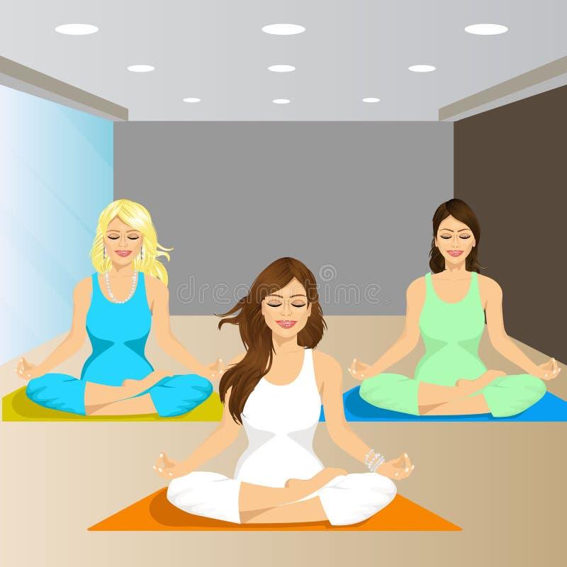 Drie glimlachende vrouwen die in yoga zitten stellen vector illustratie