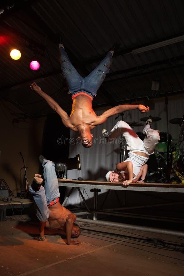 Drie heup-hop dansers stock afbeeldingen
