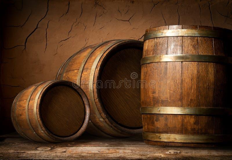Drie houten vaten stock afbeeldingen