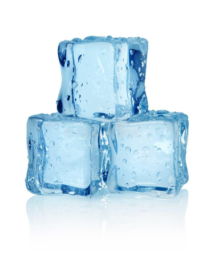 Drie ijsblokjes   stock fotografie
