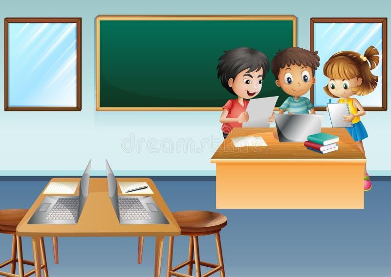 Drie jonge geitjes die aan computer in klasse werken vector illustratie