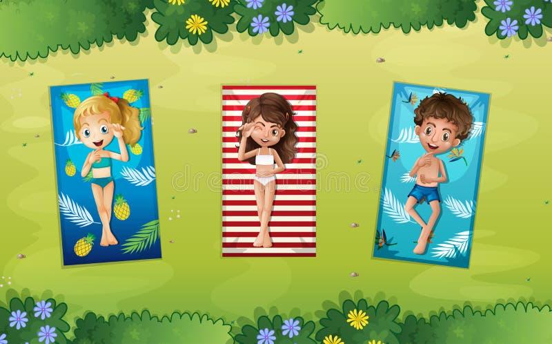 Drie kinderen die in het park leggen vector illustratie