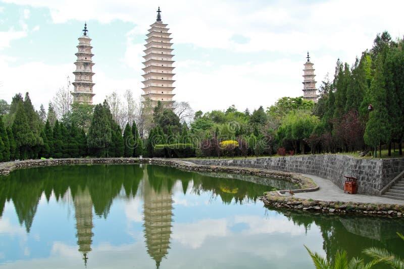 Drie pagoden in Dali, China royalty-vrije stock foto's