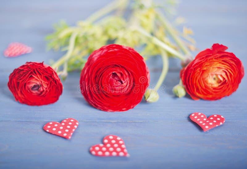 Bloemen met liefde stock afbeeldingen