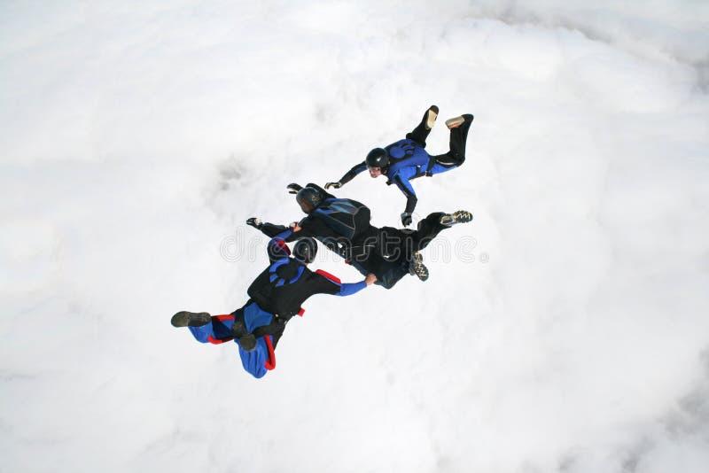 Drie skydivers in vrije val royalty-vrije stock afbeelding