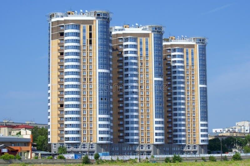 Drie stedelijke gebouwen stock fotografie