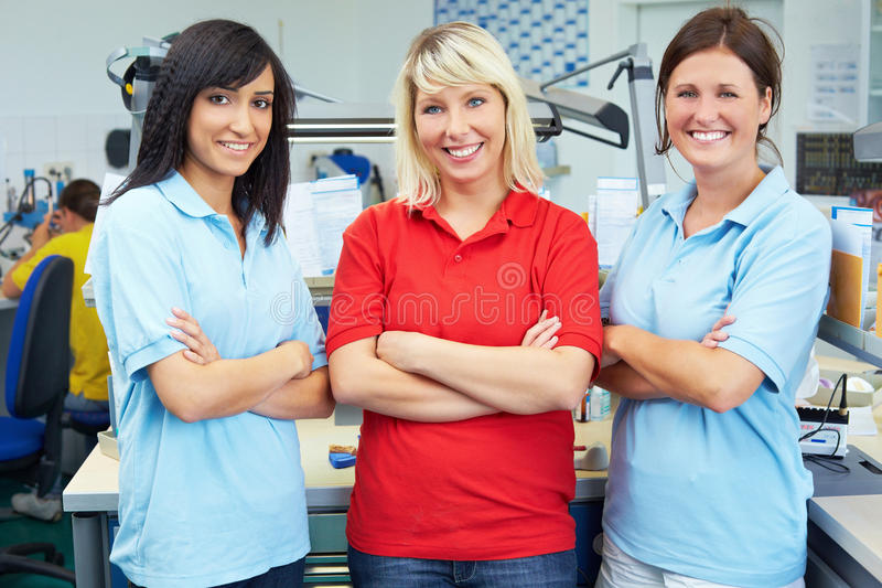 Drie vrouwelijke tandartsen royalty-vrije stock foto
