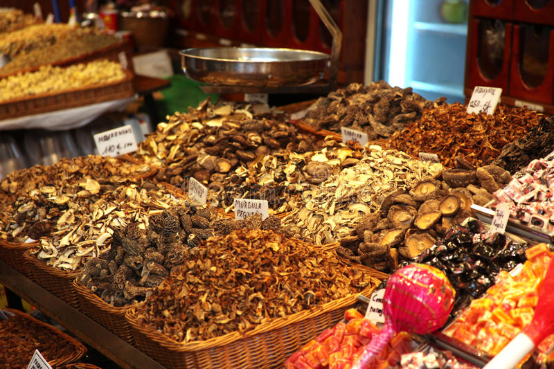 Dried mushrooms on market stand royalty free stock photos