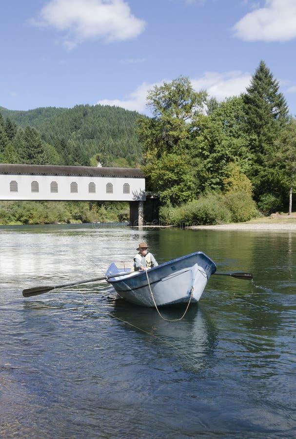 Driftboat del río de McKenzie foto de archivo libre de regalías