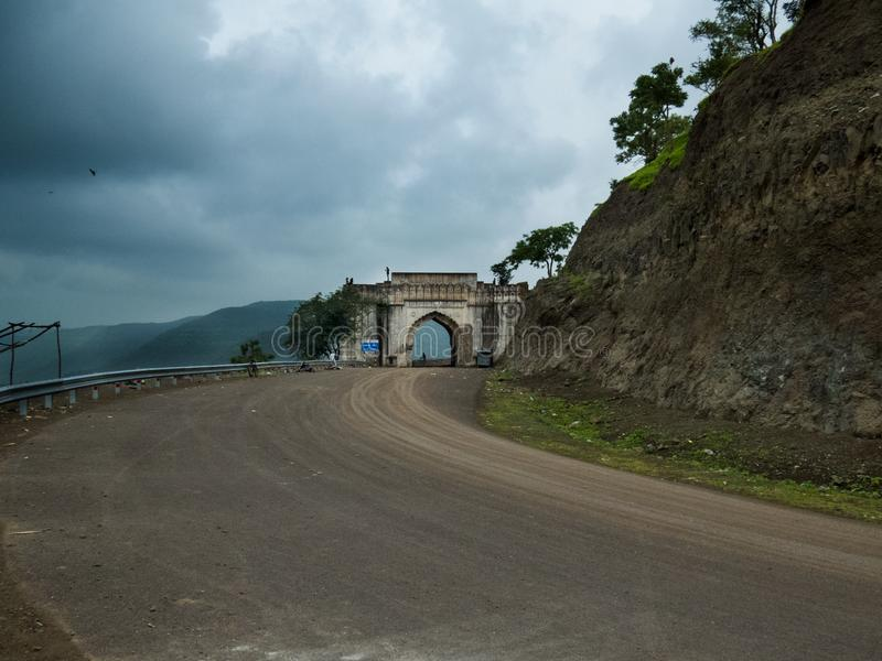 DriftstoppDarwaza port nära Indore-Indien arkivfoton