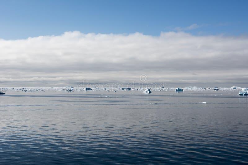 Drijvende Ijsbergen, Groenland royalty-vrije stock afbeelding
