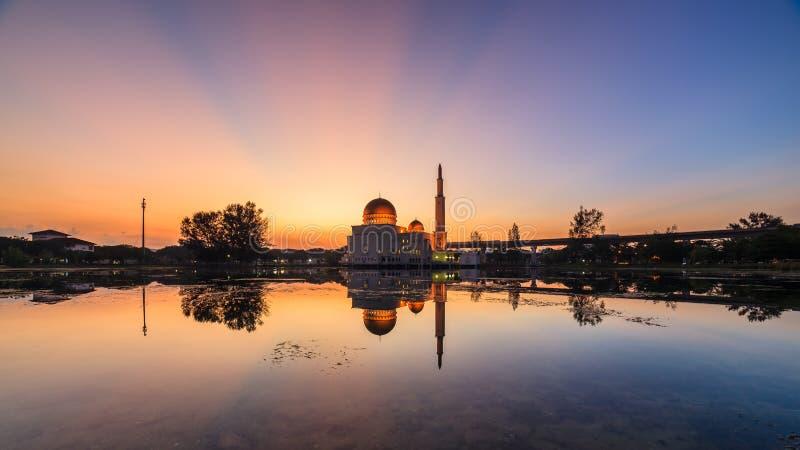 Drijvende moskee, Masjid als Salam, Puchong stock afbeeldingen