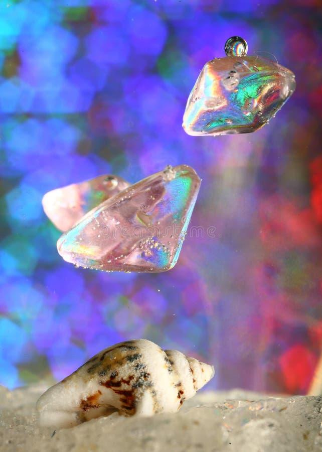 Drijvende plastic parels royalty-vrije stock fotografie
