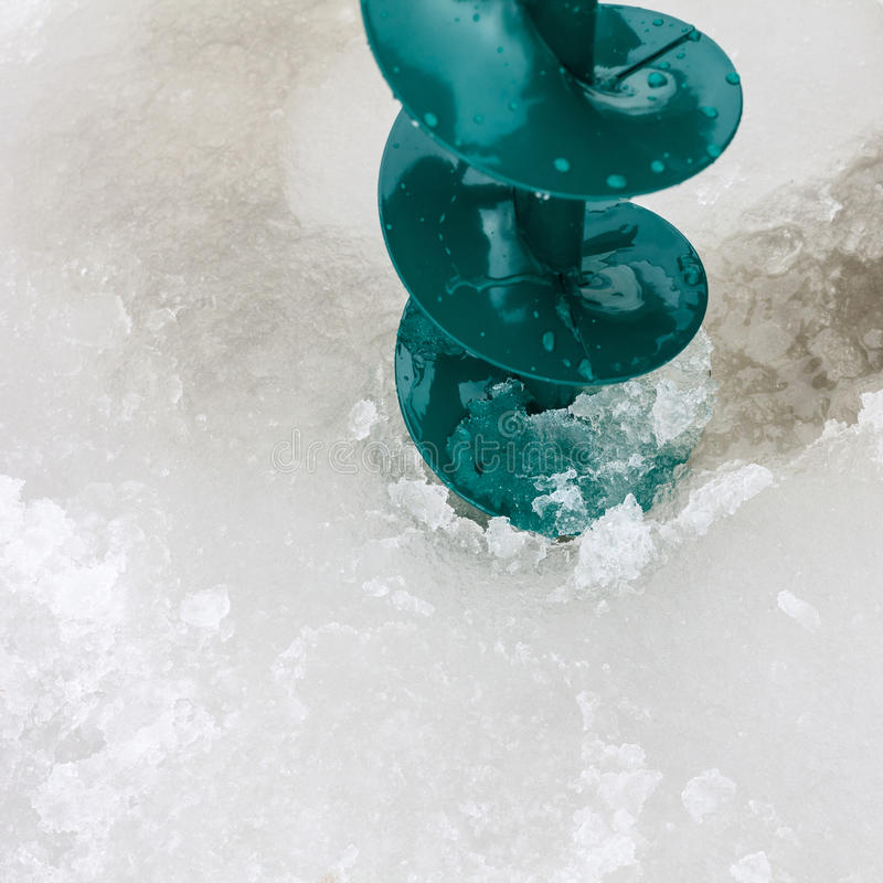 Free Drill In The Hole In Ice Royalty Free Stock Image - 39392246