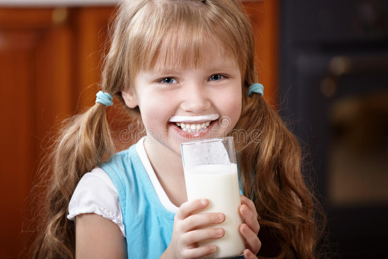 Download Drink Milk Royalty Free Stock Images - Image: 14322279