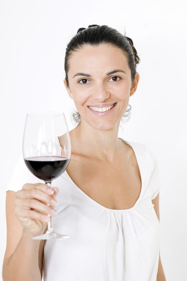 Drinkende rode wijn royalty-vrije stock afbeelding