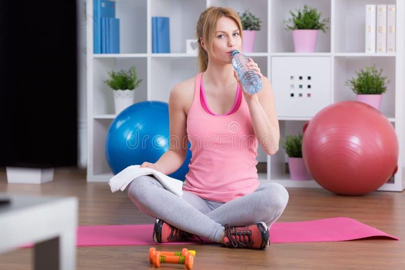 Drinkwater na opleiding royalty-vrije stock afbeeldingen