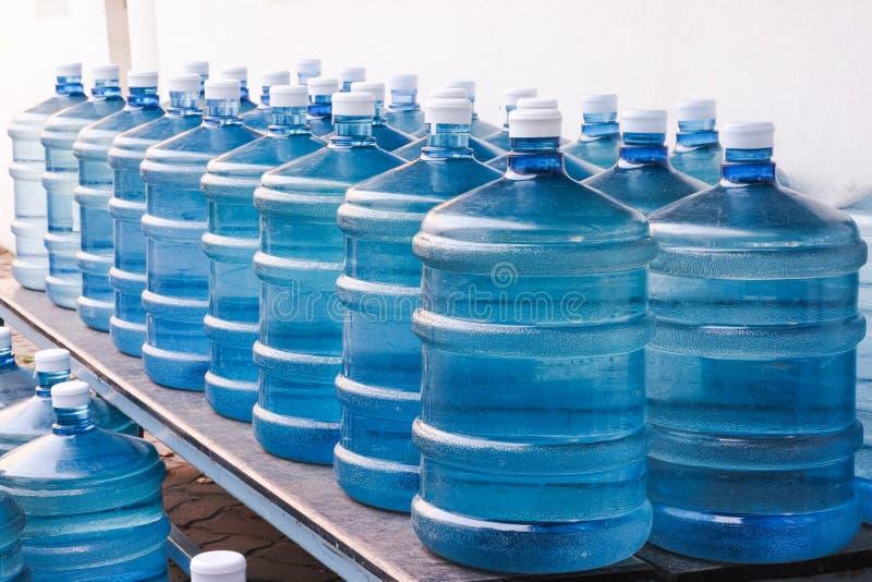Drinkwaterlevering stock afbeelding