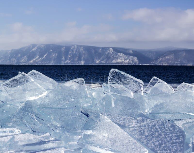Is-driva på Lake Baikal arkivbilder