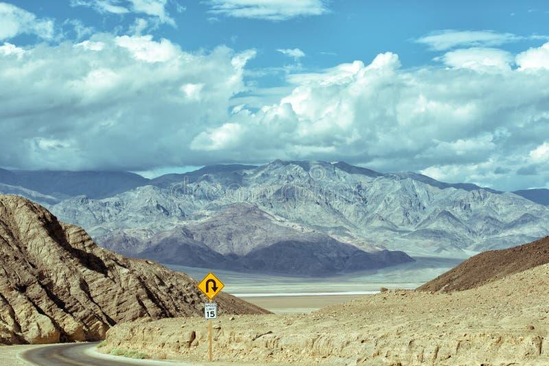 Drive καλλιτεχνών - άγρια κίνηση στην κοιλάδα θανάτου στοκ φωτογραφίες
