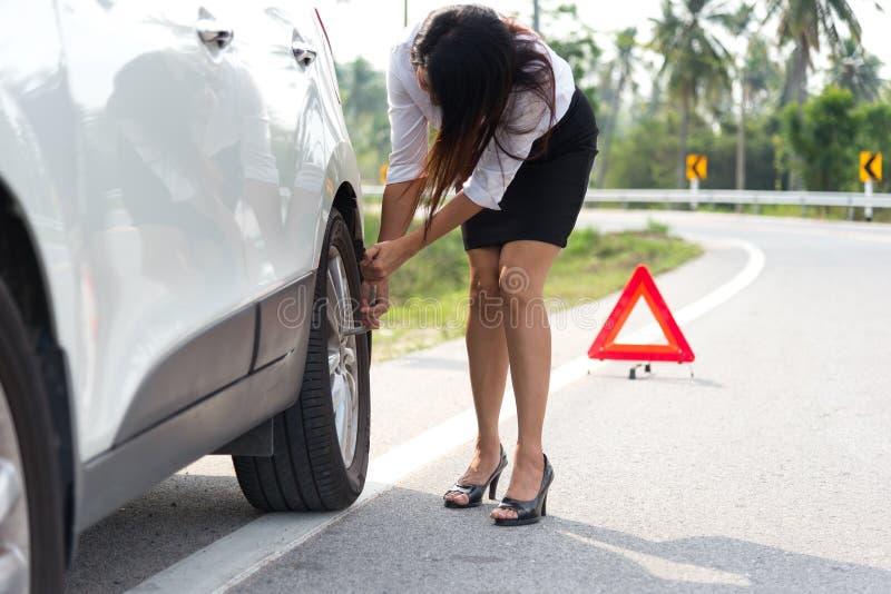 Driver frustrato delle donne di affari immagini stock libere da diritti