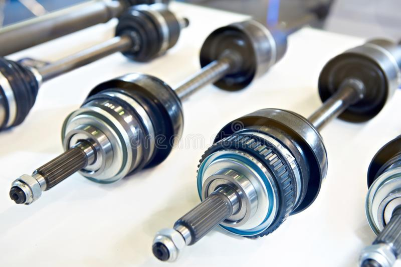 Driveshaft axles w sklepie obraz stock