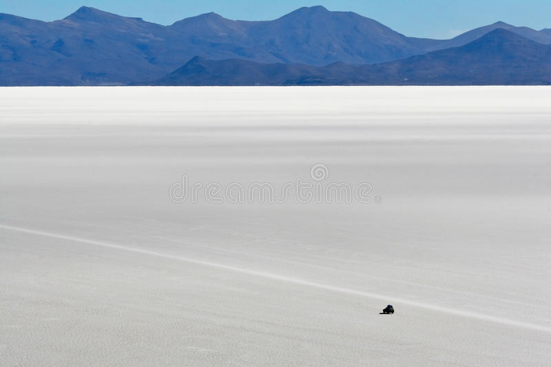 Download Driving Across The Salt Flats At Uyuni Stock Image - Image: 13685181