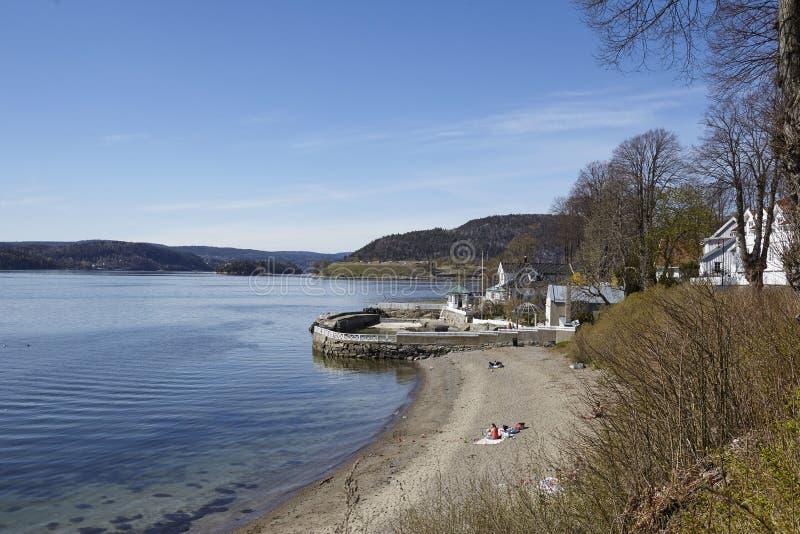 Drobak Akershus, Noruega - tomar el sol área y la playa imagen de archivo libre de regalías