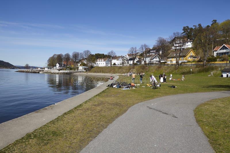 Drobak Akershus, Norvegia - area prendente il sole fotografia stock
