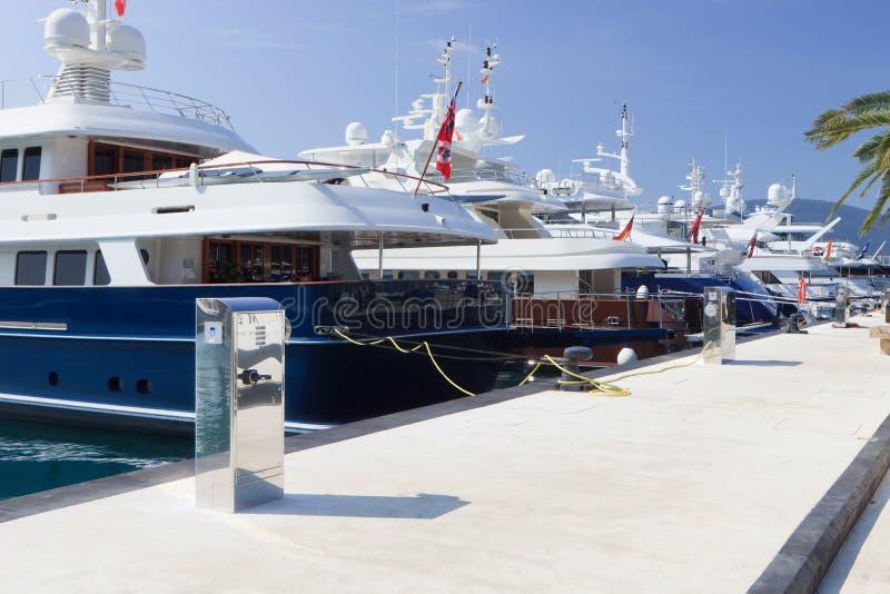 drodzy luksusowi jachty fotografia royalty free
