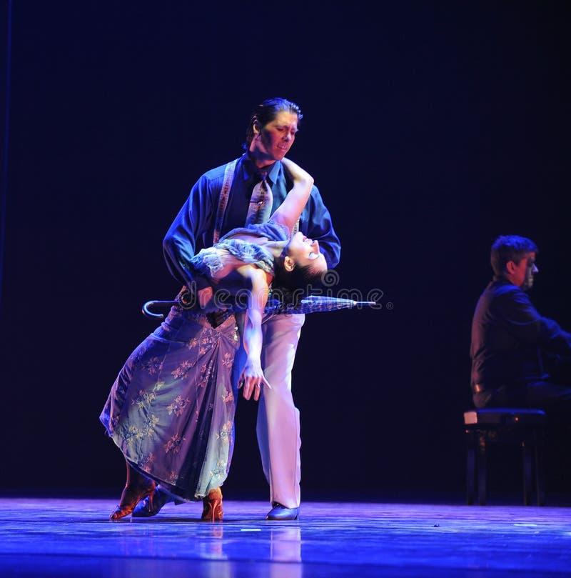 Droevig aan de matrijs-identiteit van het geheim-tango Dansdrama royalty-vrije stock foto
